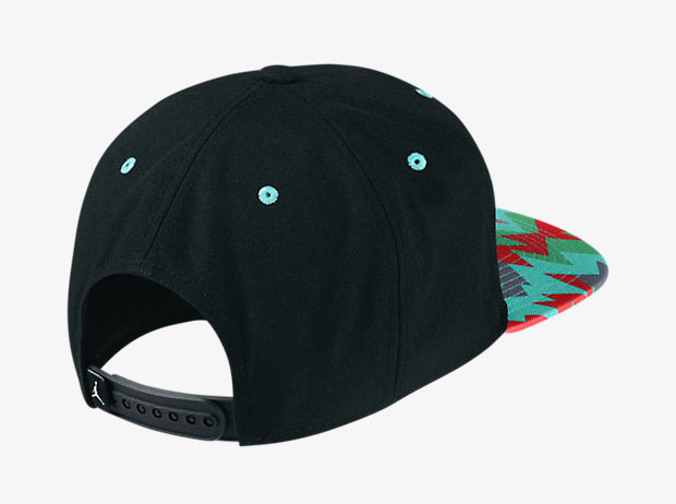 air-jordan-7-marvin-the-martian-hat-back